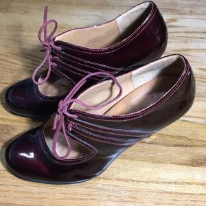 Sofft Patent Leather Lace Heels Burgundy Red